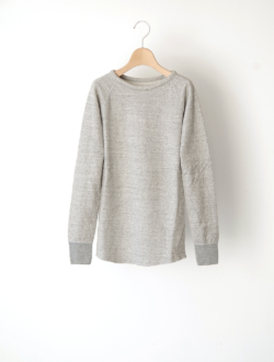 "raglan sleeve long T ""Cuddle T"" grey"