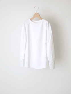"raglan sleeve long T ""Cuddle T"" white"