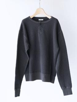 LENO | waffle henley long sleeve tee  charcoal