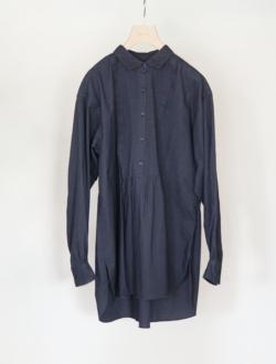 pin tuck blouse  navy のサムネイル